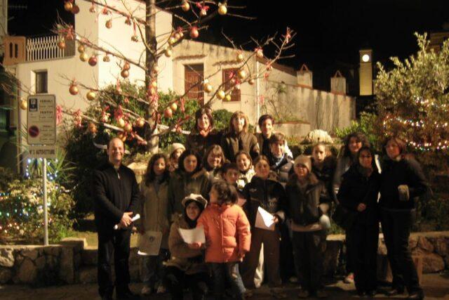 """Bella iniziativa a Gratteri: """"Un albero in Piazza per Natale"""""""