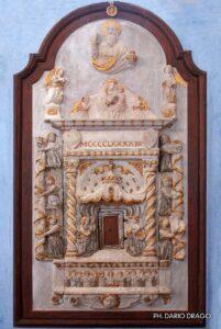 ciborio marmoreo di scuola gaginesca